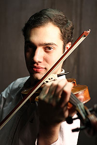 Ara Harutyunyan Wins UWs Jacoby Soloist Competition