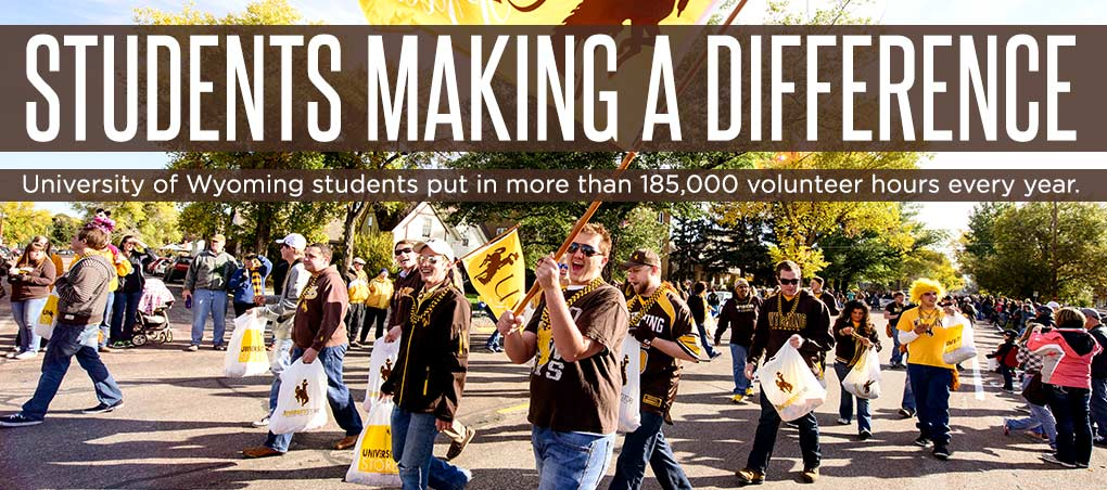 Students give back at UW